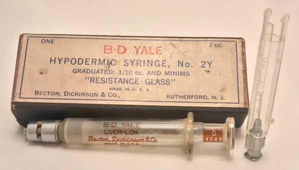 becton-dickinson-co-medical-hypodermic-syringe-ca-1940-2