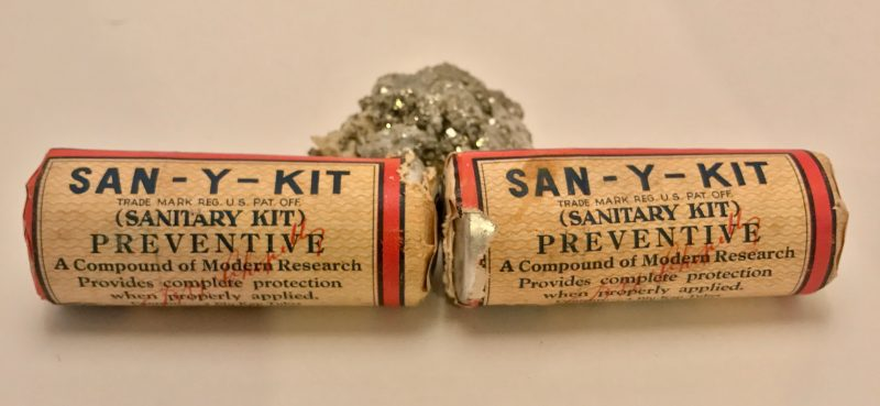 san-y-kit-e-fougera-co-medical-sanitary-packs-ca-1920-2