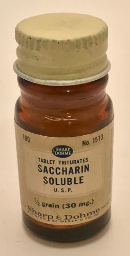 sharp-dohme-saccharin-tables-and-bottle-ca-1920-1